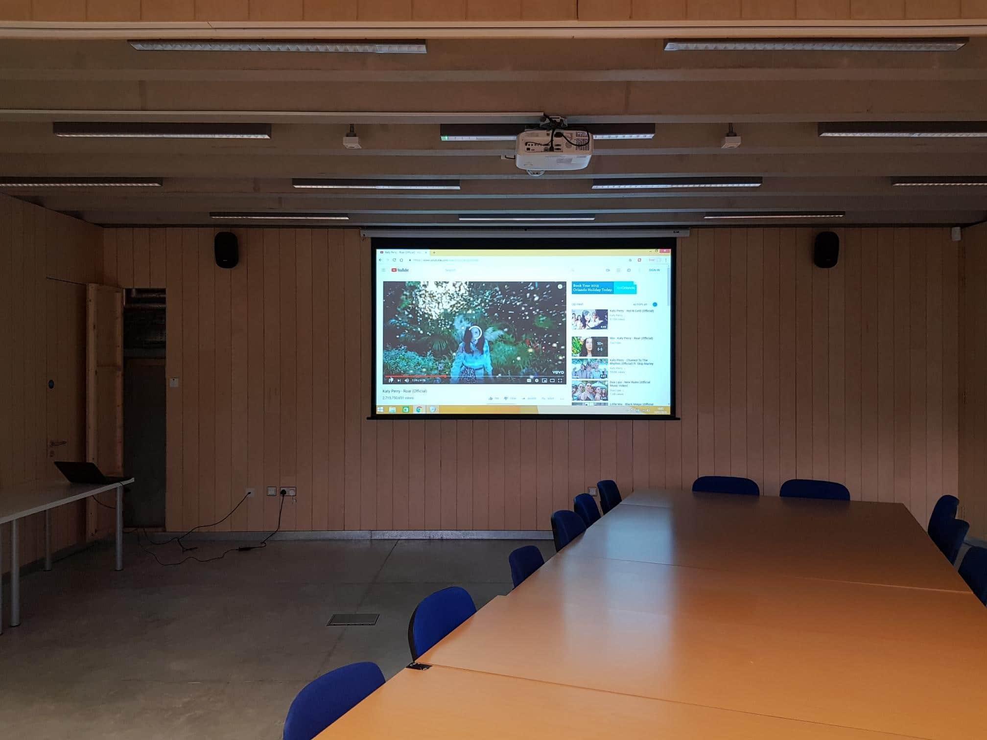 projector installations sheffield