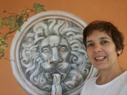 vægmalerikunstner og rumdesigner Xenia Michaelsen.