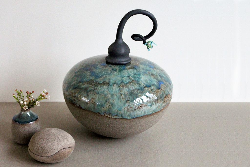Gedenkobjecten van keramisch aardewerk