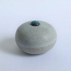 Mat Witte Keramische Mini Urn r1 (3)