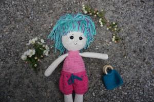 Dukken Agnes - Læs mere