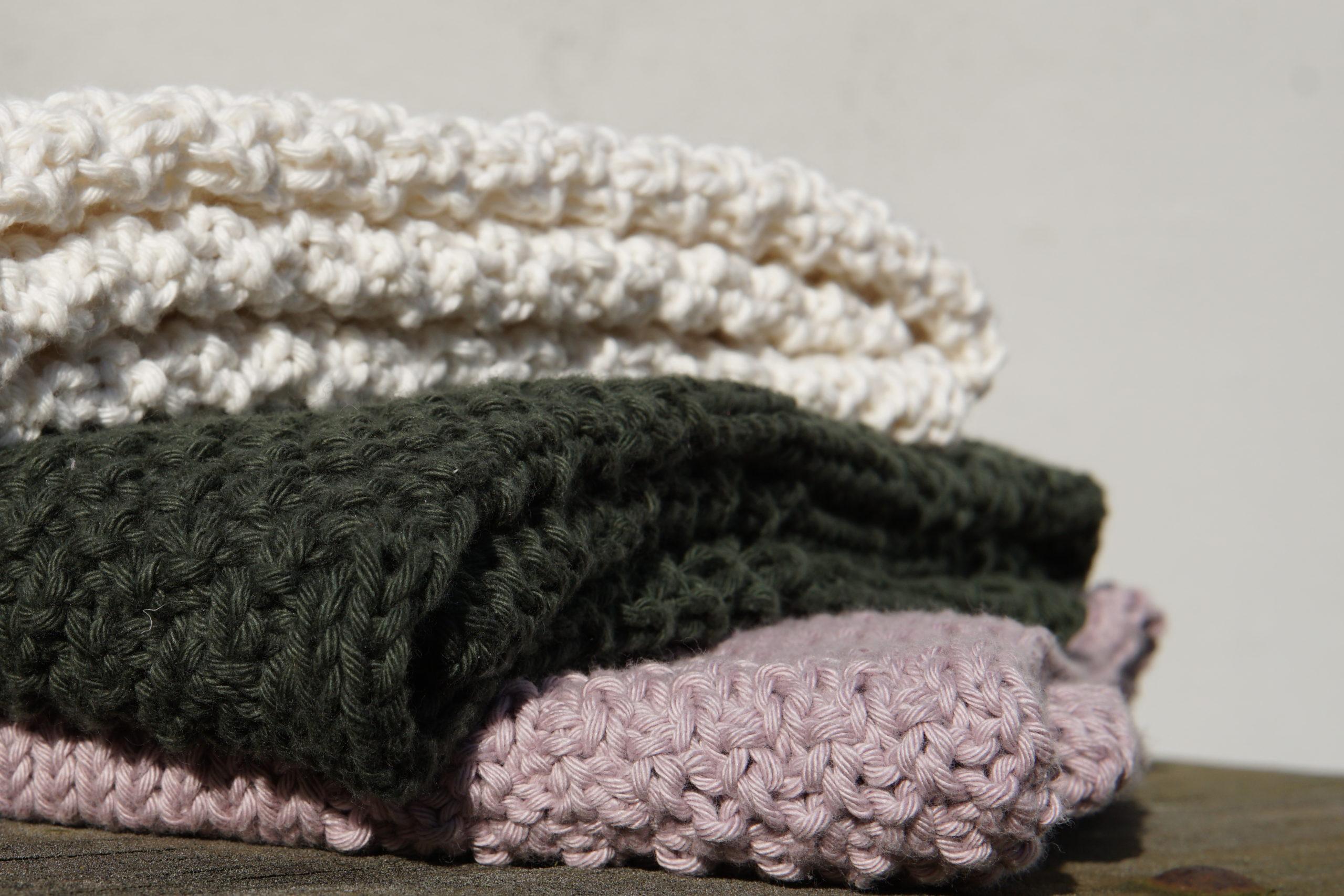 3 strikkede babytæpper