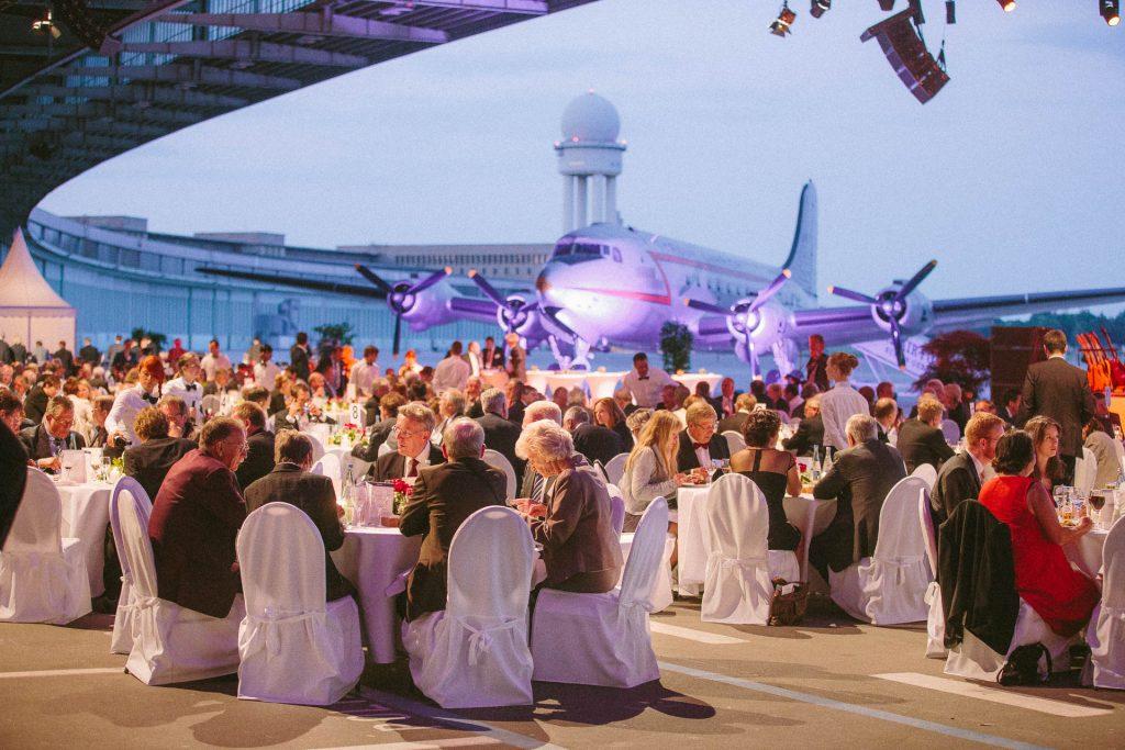 Eventfotograf Berlin im Hangar Tempelhof