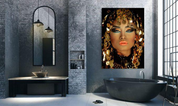 poster van arabische prinses in badkamer op plexiglas