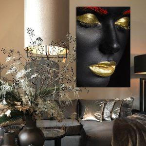 gouden make up en gouden lippen