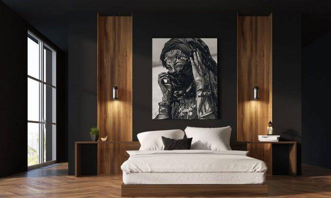 tribal foto van vrouw in slaapkamer op plexiglas