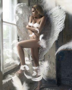 Plexiglas schilderij - Romantic young beauty as an angel