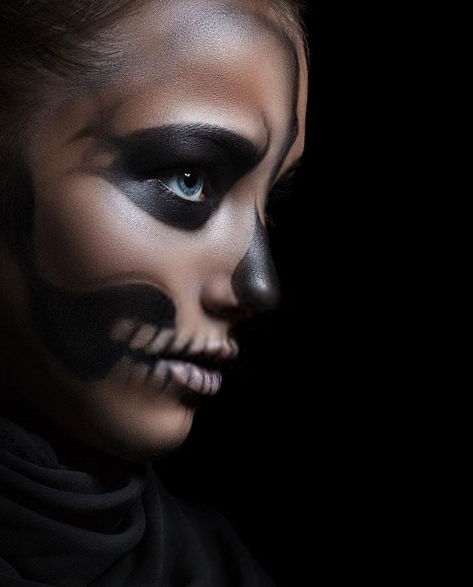 Plexiglas schilderij - profile of a girl with make-up skeleton