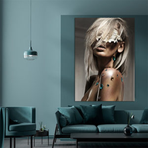 beautiful blond lady with lace blindfold foto-art