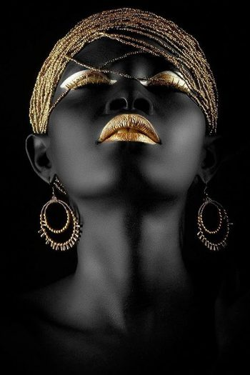 African women with a fantastic Golden Hair