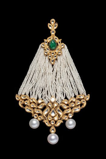 ancient ornament with many diamonds and pearls