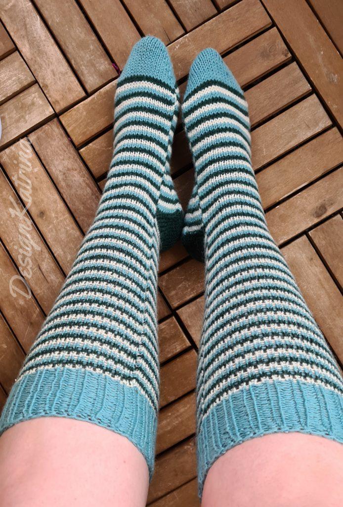 Långa sköna sockor