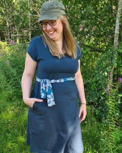 """Klänning """"Simple dress"""" från OMG bananas sydd av DesignKatrina. En vardagsklänning!"""