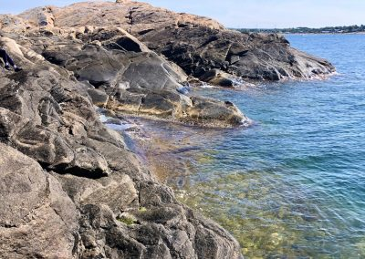 Inbjudande vatten på Vindö i Kungsbackafjorden