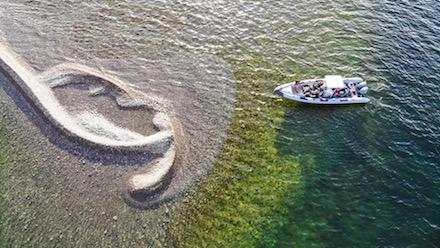 Drönarbild på RIB båten intill Lillelandshuvud