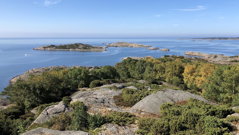 Utsikt från Ramnö kummel som är ett sjömärke från 1700-talet.