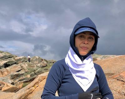 Jum på klipporna ute på ön Inre Lön i Kungsbackafjorden