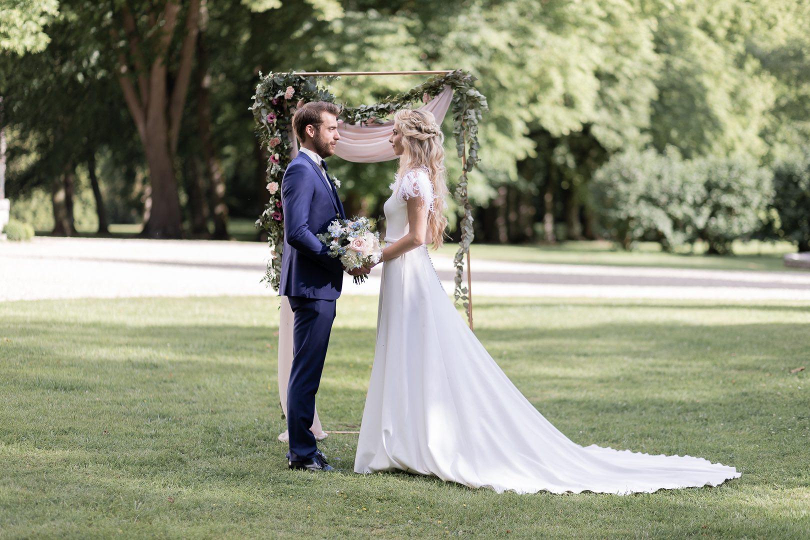 Mariage chic et romantique au domaine de Vauluisant