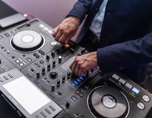 Mariage et musique : Comment choisir son DJ avec MartinBeatz?