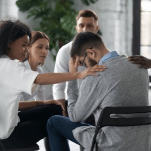 Hvad er døgnbehandling og ambulantbehandling