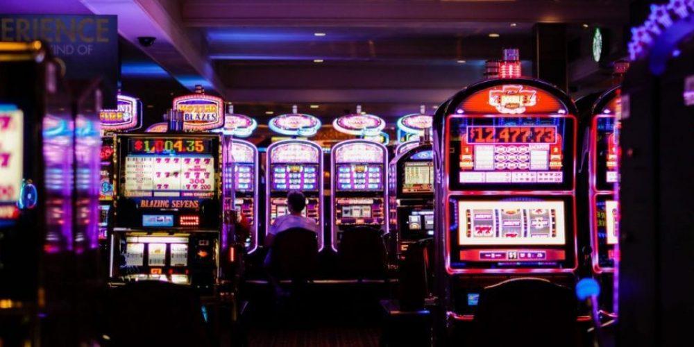 Viser spilleautomater - Las Vegas stemning Ludomani & Spilafhængighed