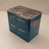 Metaldåse formet som komfur i blå