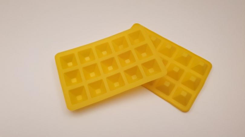 Silikoneform gul