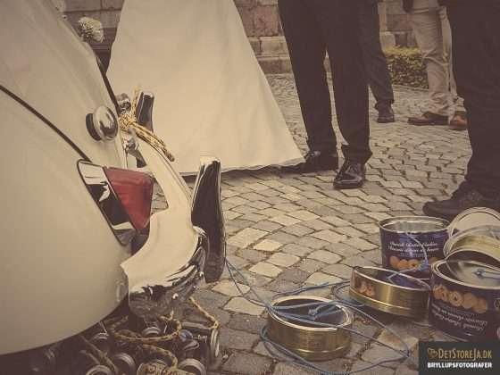 bryllup fotograf brudebil kagedåser MORRIS