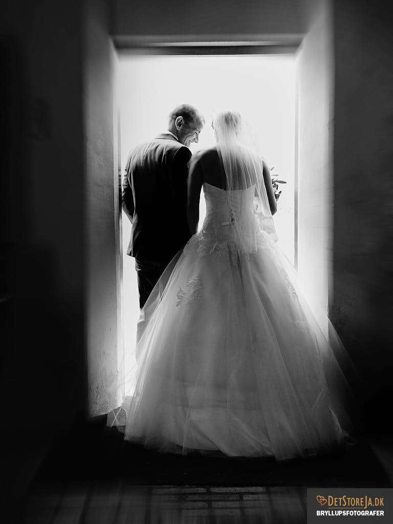 bryllupsfotograf kirke exit sh