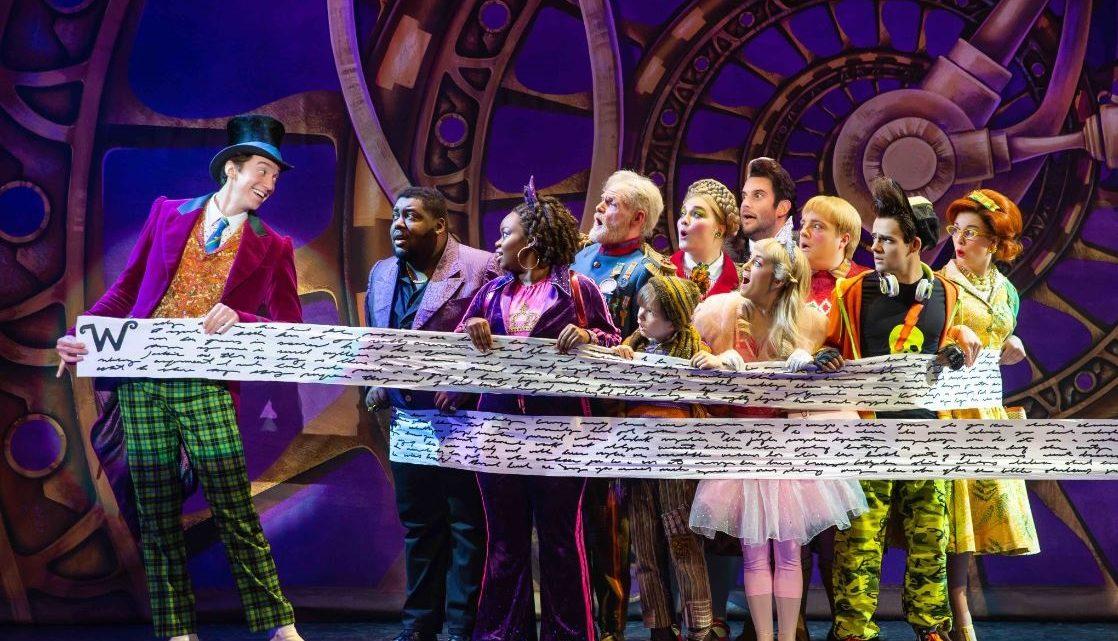 'Charlie and the Chocolate Factory', een musical om duimen en vingers af te likken