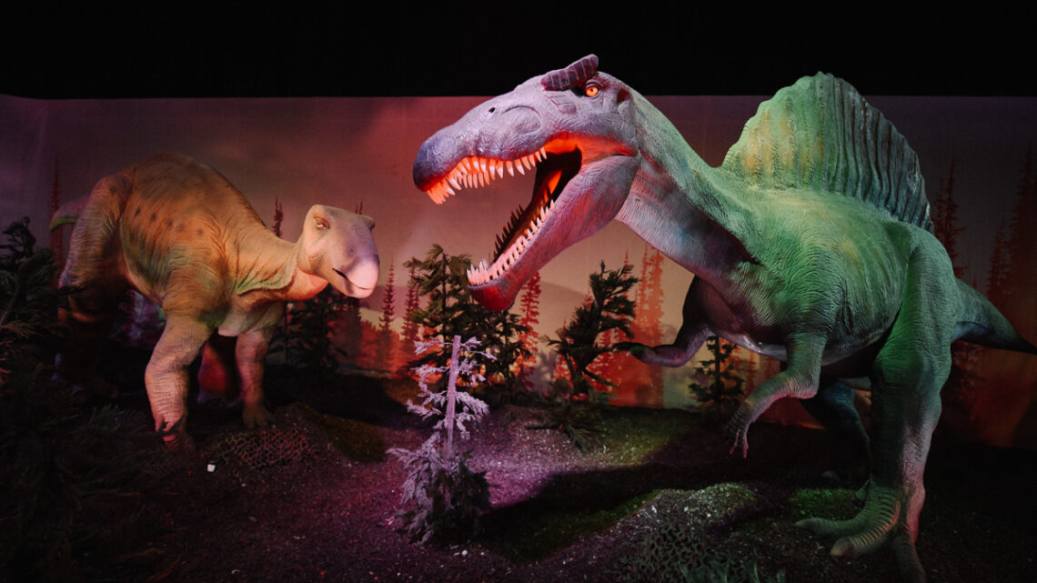 Expo Dino World: Op safari met levensechte dino's