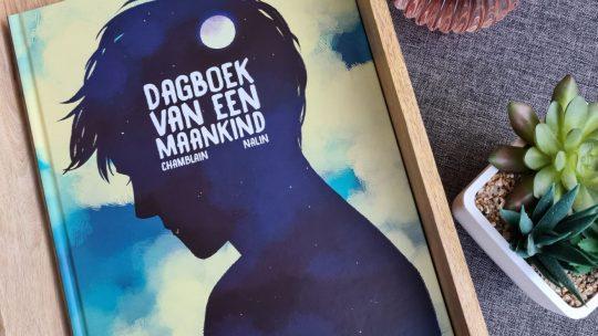 Dagboek van een Maankind: ontroerende strip over hoe het is om te leven in het donker