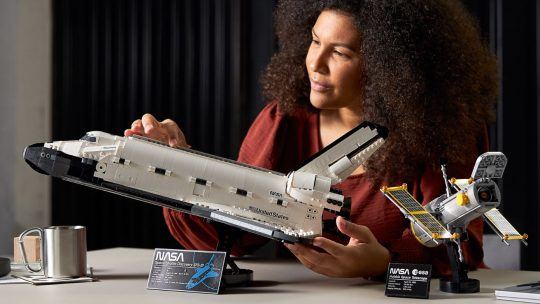 Verover de ruimte met de Lego Space Shuttle Discovery