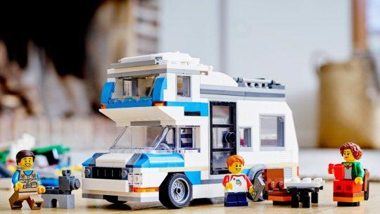 Kampeervakanties worden nog leuker met LEGO