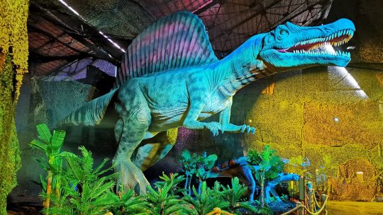 'Dinos Alive' tovert Tour & Taxis om tot Jurassic Park