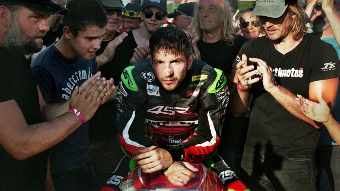 Matteo Simoni kruipt in de huid van een stoere snelheidsduivel in 'Rookie'