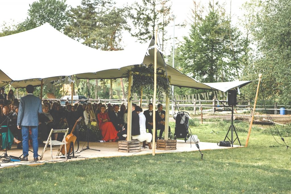 dEuSt! Events Stretch Tent voor uw bruiloft, trouwfeest, tuinfeest, communiefeest en meer