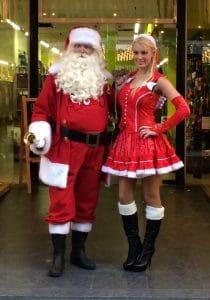 Kerstman en kerstvrouw