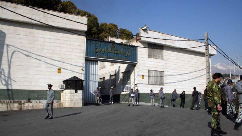 افزایش بازداشت معترضان دو روز بعد از سخنان خامنهای؛ تجمع خانوادهها مقابل اوین