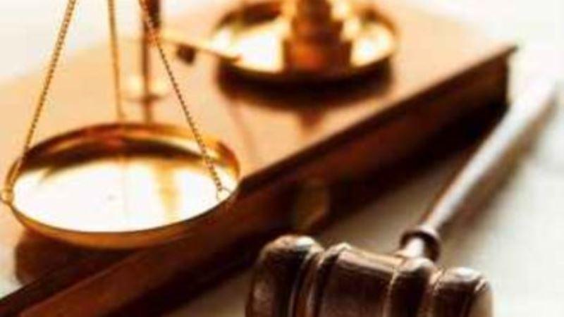 انتقاد برخی از وکلا از تعیین فهرست ۲۰ نفره وکلای متهمان امنیتی توسط قوه قضائیه