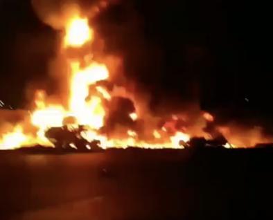 ویدیوی انفجار تانکر حامل سوخت در برخورد با اتوس مسافربری در سننندج- برخورد هموطنان خشمگین با نیروهای انتظامی