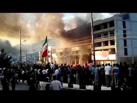 تلویزیون دیدگاه: هجوم مردم خشمگین مهاباد به هتل محل جنایت وزارت اطلاعات – 1