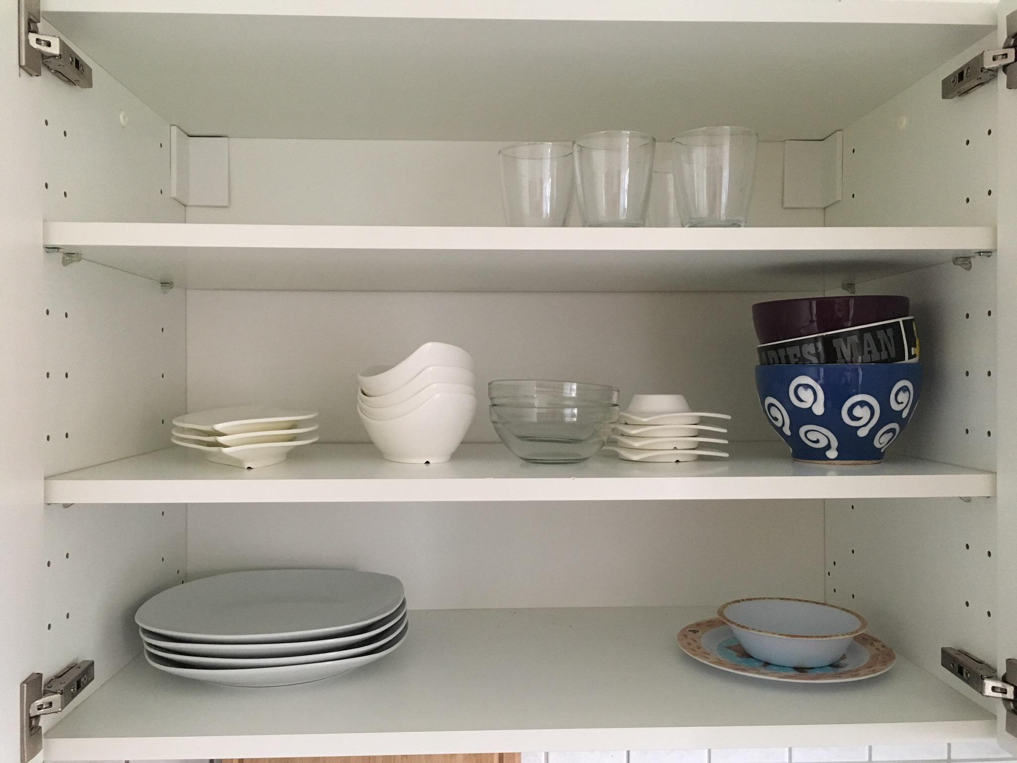 Kuchenschranke Organisieren Geschirr Die Hausmutter