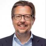 Senior management consultant Lars Christian Hansen, Humanuniverz
