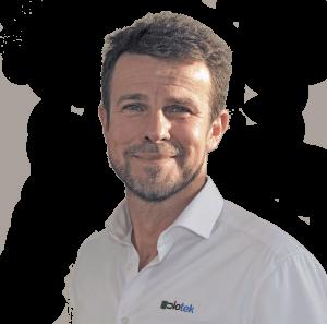 Indehaver og ingeniør Stig Hülsen, byder dig velkommen til Diotek alarmteknik. Jeg tager ansvar for din installation, og sikrer dig personlig service.