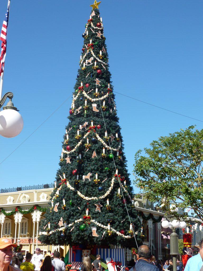 Christmas on Main Street at Magic Kingdom, DisneyWorld, Orlando, Florida