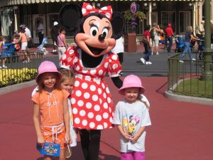 Kids with Minnie Mouse - Tips for Enjoying Disney