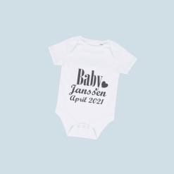 Gepersonaliseerd rompertje met tekst - Baby 'Familienaam' + 'datum'