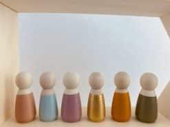 Houten poppetje vrouwelijk - kleuren
