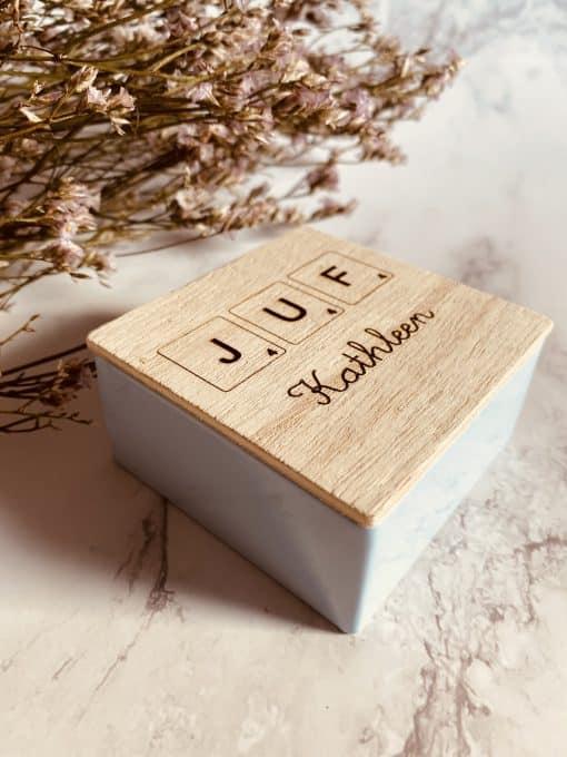 Vierkant doosje met houten deksel - Juf